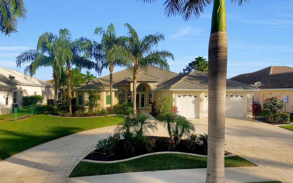 2311 Sagramore Pl, Cape Coral - Home For Sale 651399941