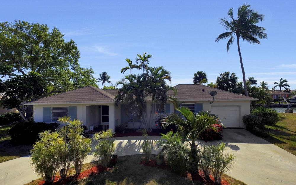 820 Apple Ct, Marco Island - Home For Sale 433739451