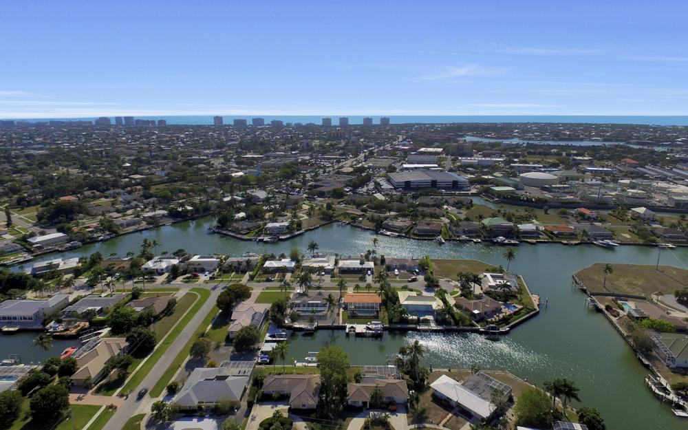 820 Apple Ct, Marco Island - Home For Sale 1636028831