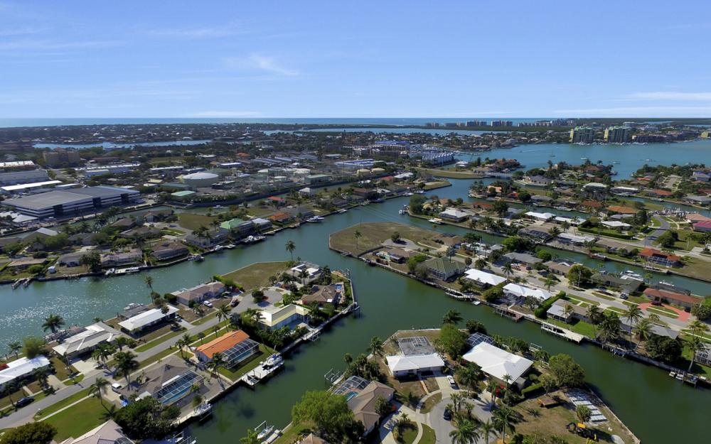 820 Apple Ct, Marco Island - Home For Sale 1349091073