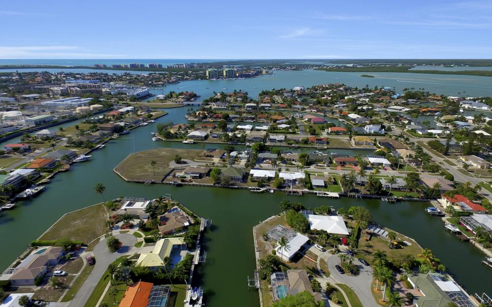 820 Apple Ct, Marco Island - Home For Sale 1125299466