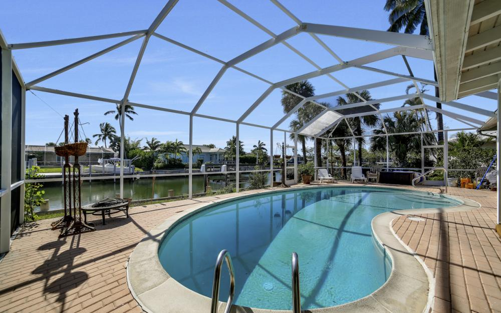 820 Apple Ct, Marco Island - Home For Sale 164123027