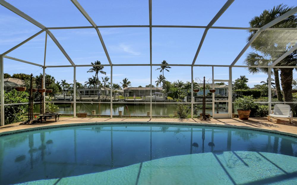 820 Apple Ct, Marco Island - Home For Sale 392474942