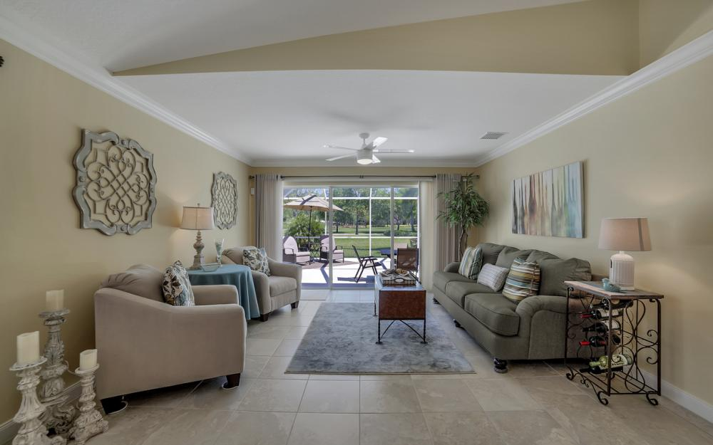 7605 Rozzini Ln, Naples - Home For Sale 1061537045