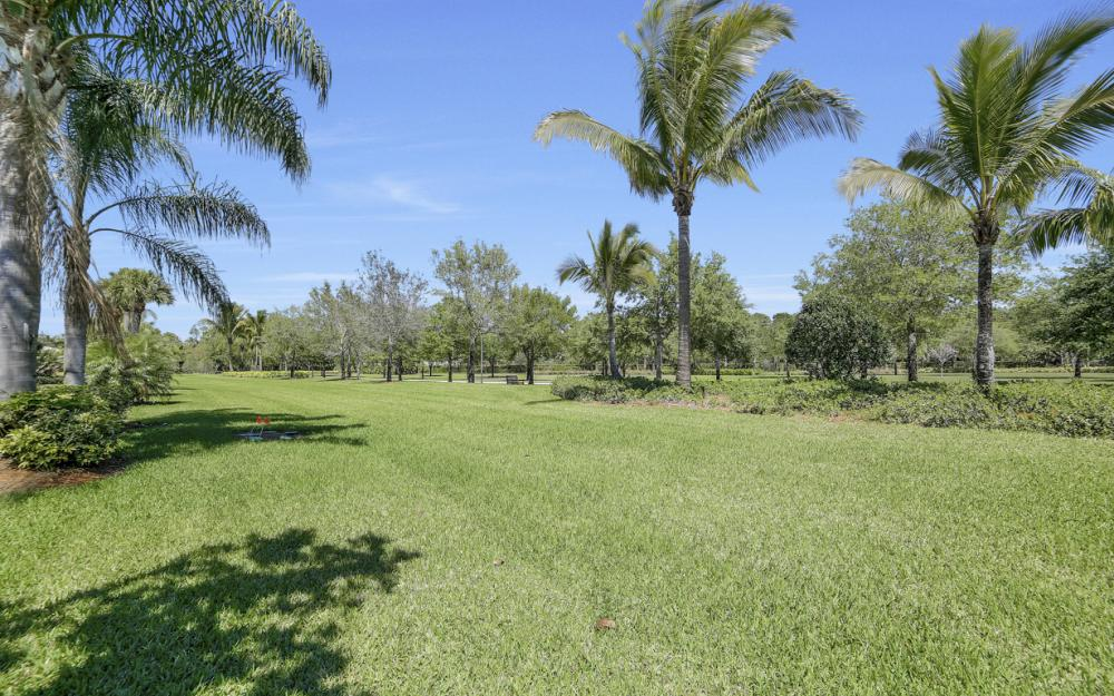 7605 Rozzini Ln, Naples - Home For Sale 477182132