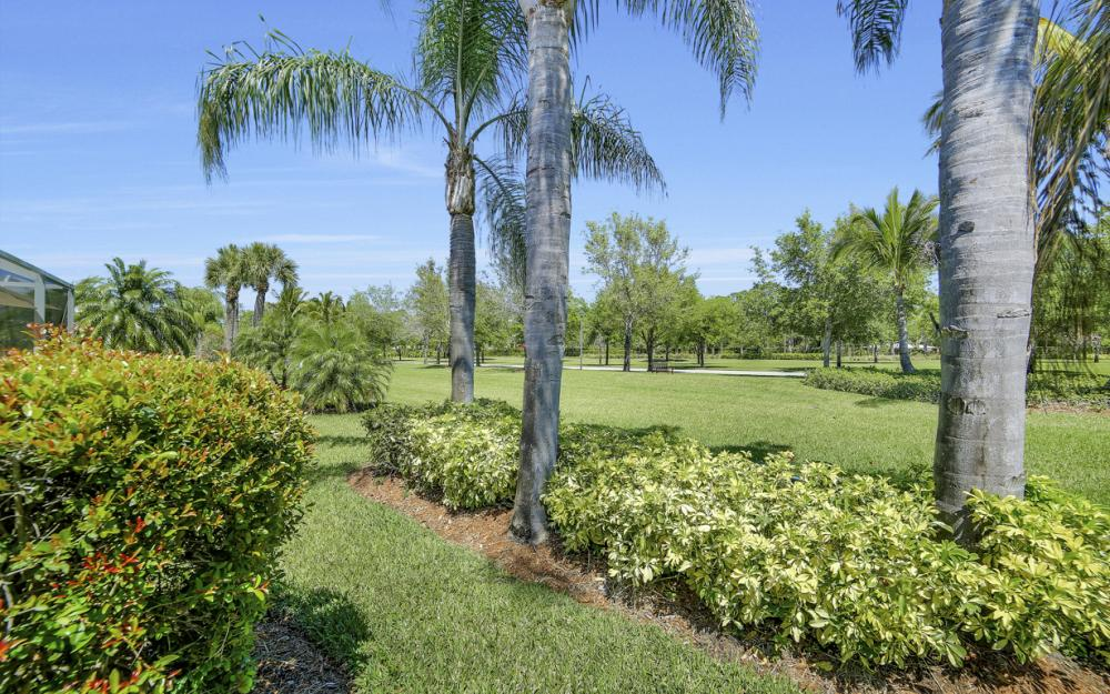 7605 Rozzini Ln, Naples - Home For Sale 554885072