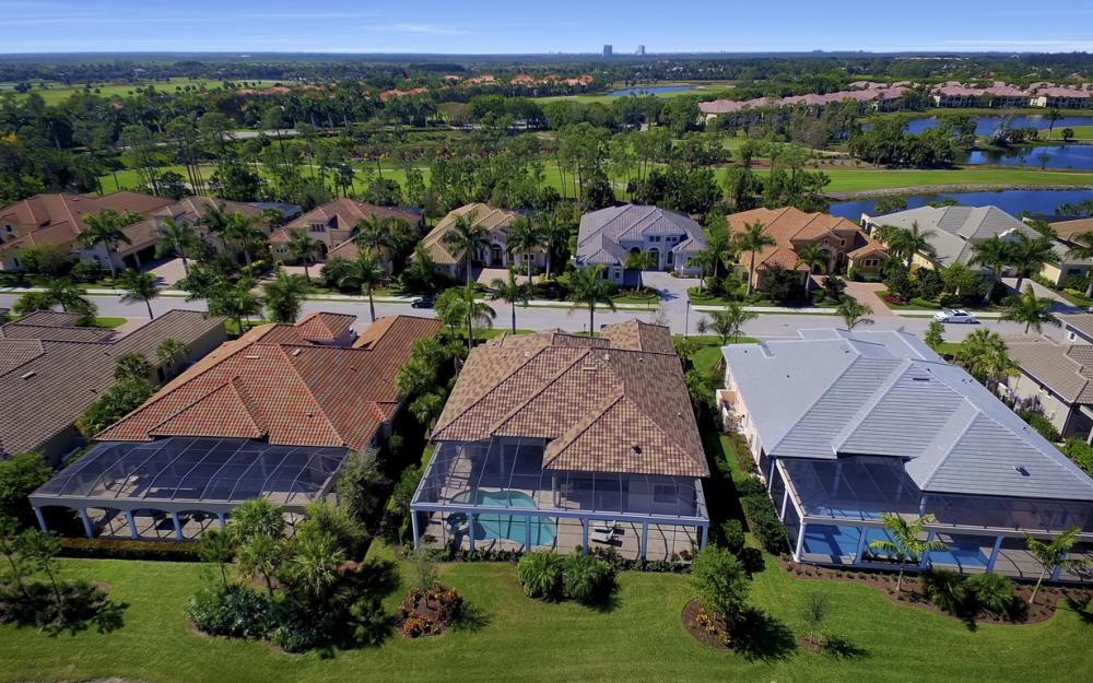 3737 Mahogany Bend Dr, Naples - Home For Sale 796173774