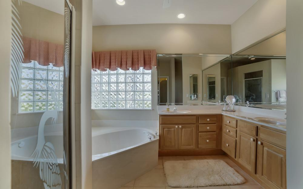 469 Water Leaf, Marco Island - Home For Sale 2135114093