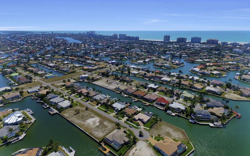 469 Water Leaf, Marco Island - Home For Sale 1076059553
