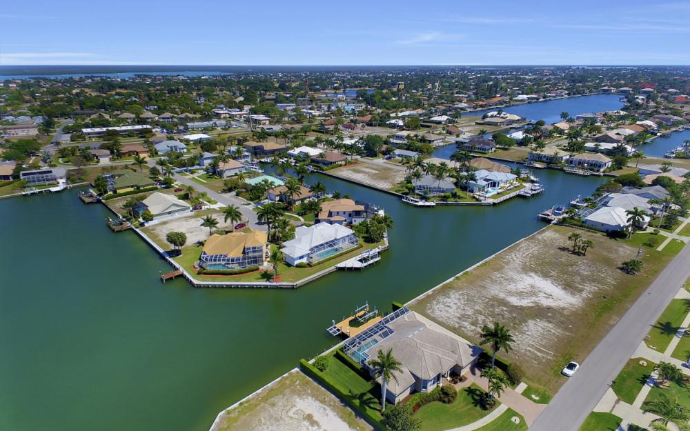 469 Water Leaf, Marco Island - Home For Sale 628222415