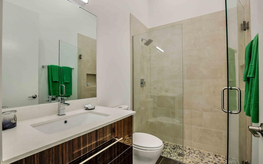 239Listing  -  Sample Tour 668425207