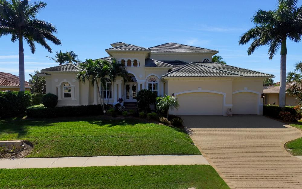 1240 Ember Ct, Marco Island - Wasterfron Gulf Access Home For Sale 991446613