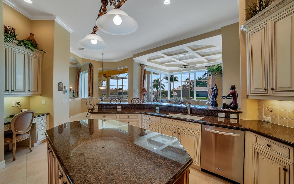 1240 Ember Ct, Marco Island - Wasterfron Gulf Access Home For Sale 1023886466