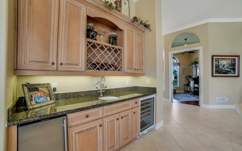 1240 Ember Ct, Marco Island - Wasterfron Gulf Access Home For Sale 799628948