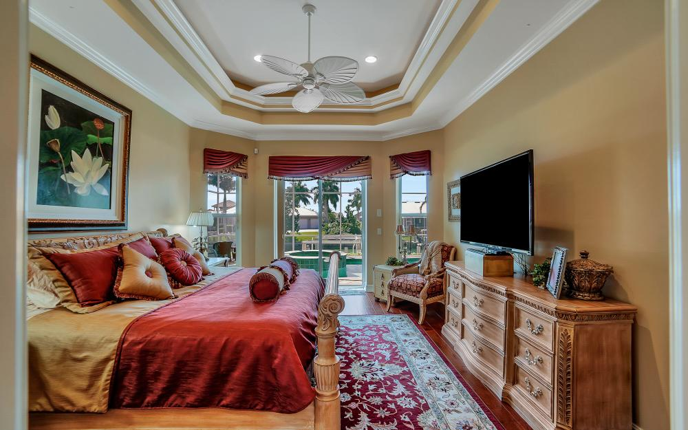 1240 Ember Ct, Marco Island - Wasterfron Gulf Access Home For Sale 1570349294
