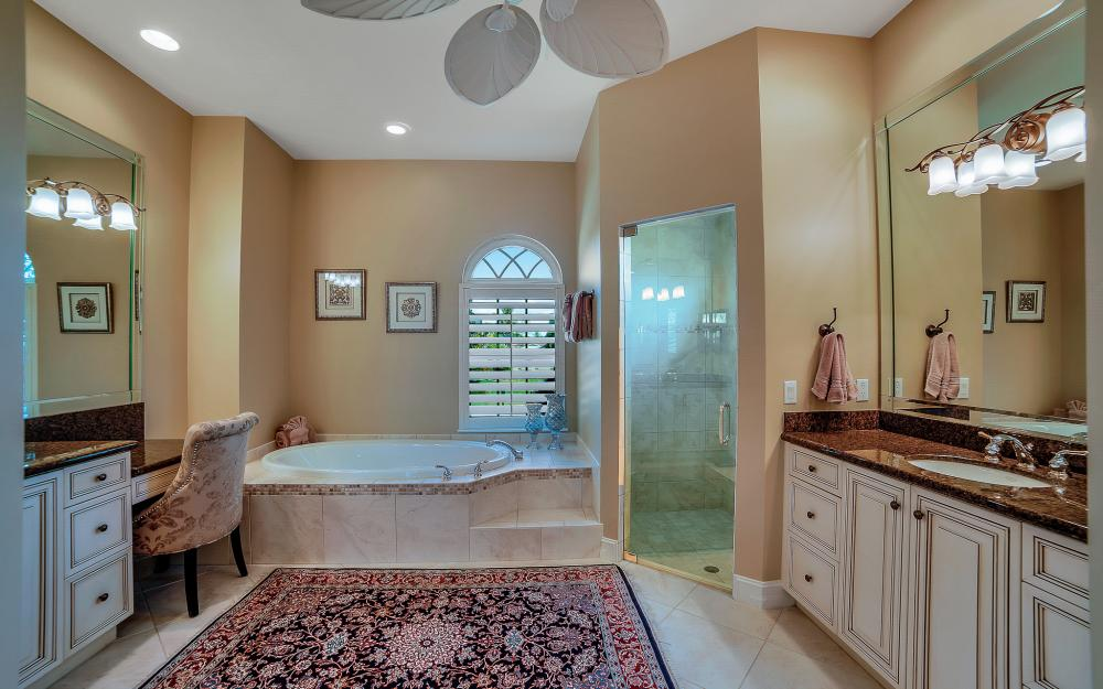 1240 Ember Ct, Marco Island - Wasterfron Gulf Access Home For Sale 806725370