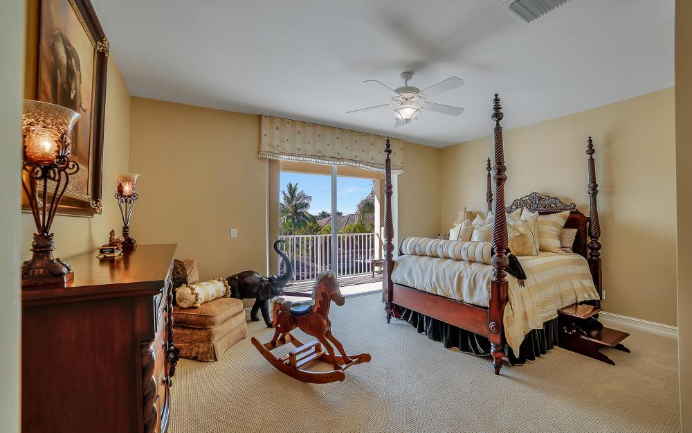 1240 Ember Ct, Marco Island - Wasterfron Gulf Access Home For Sale 345679992