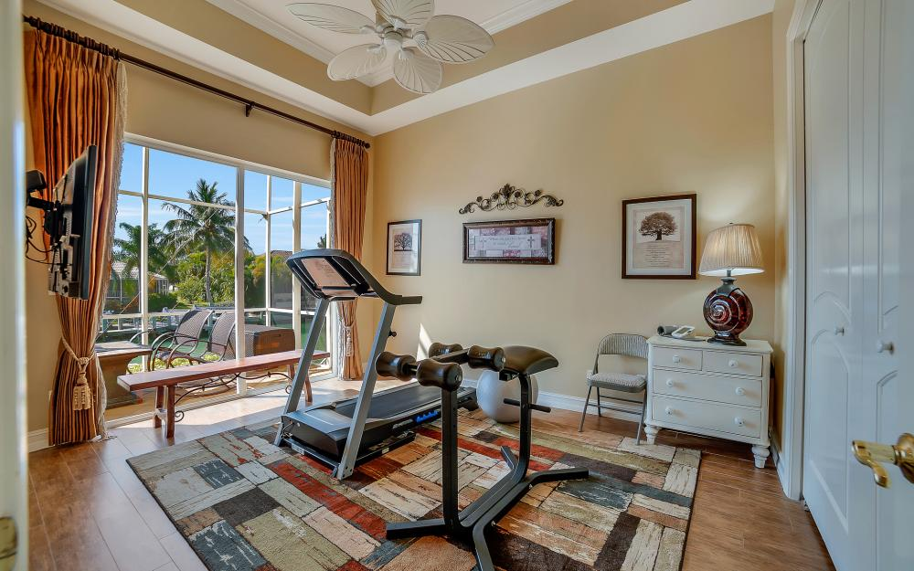 1240 Ember Ct, Marco Island - Wasterfron Gulf Access Home For Sale 1409766751