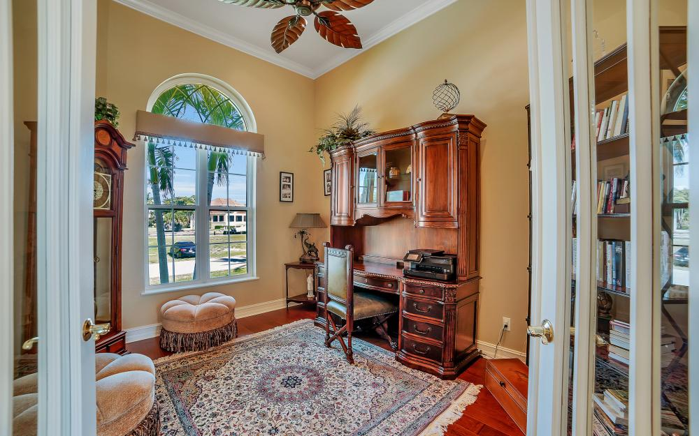 1240 Ember Ct, Marco Island - Wasterfron Gulf Access Home For Sale 1347915978