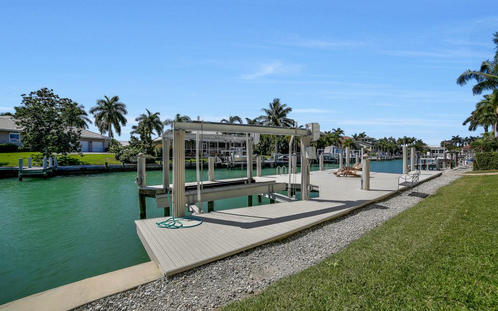 1240 Ember Ct, Marco Island - Wasterfron Gulf Access Home For Sale 1014353096