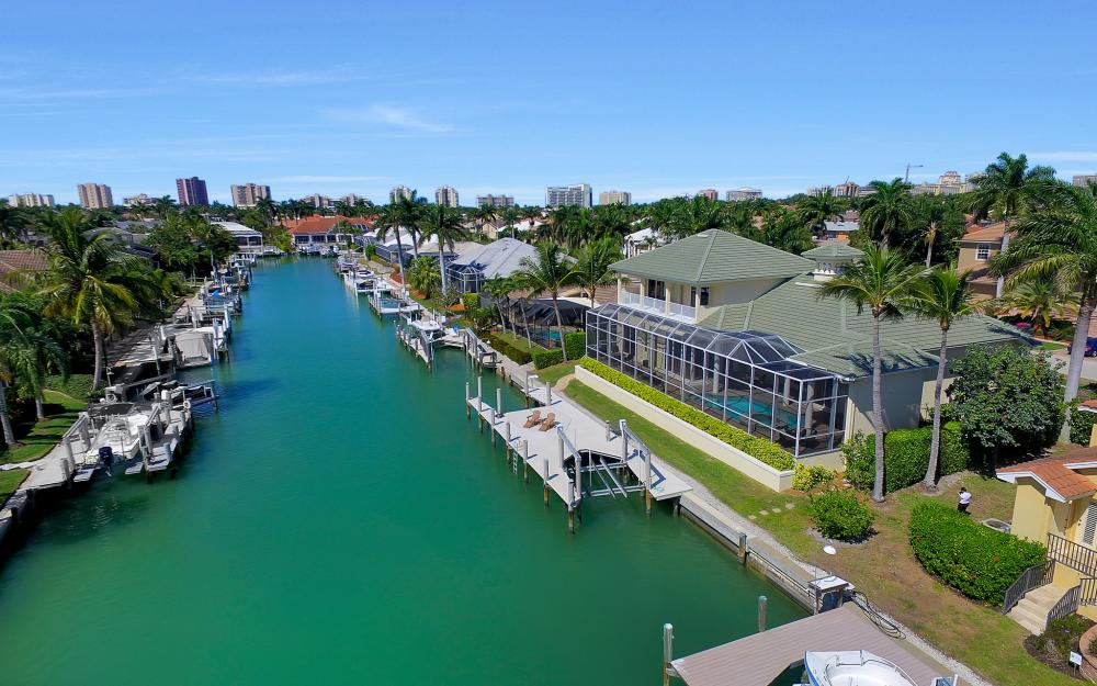 1240 Ember Ct, Marco Island - Wasterfron Gulf Access Home For Sale 786740178
