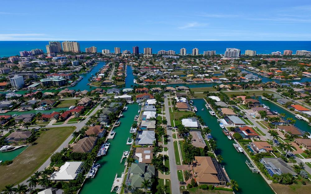 1240 Ember Ct, Marco Island - Wasterfron Gulf Access Home For Sale 245620238
