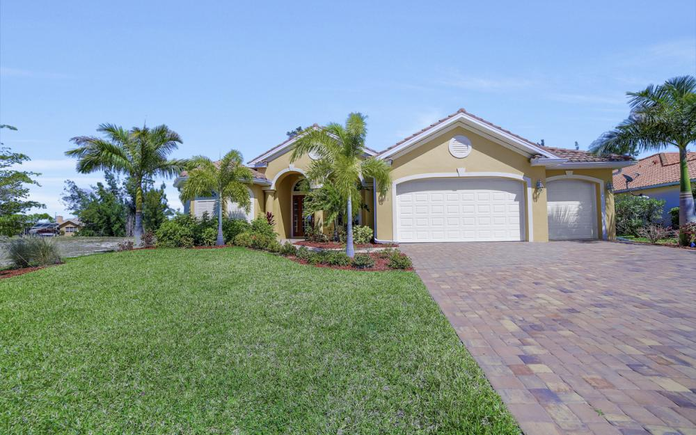 4111 SW 17th Pl, Cape Coral - Home For Sale 1106048650