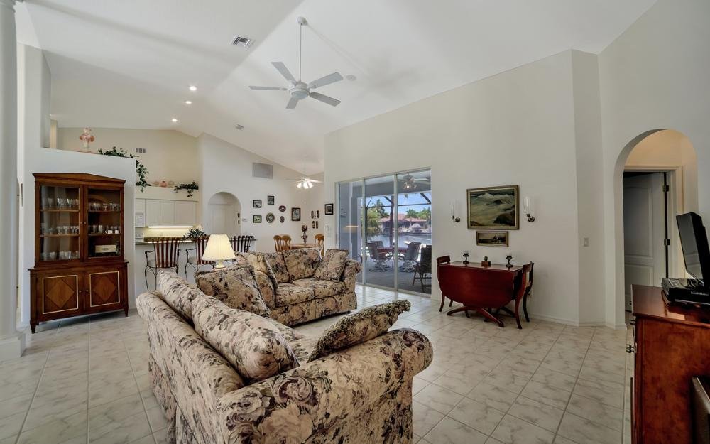3405 SW 8th St, Cape Coral - Waterfront Gulf Access Home For Sale 1732897803