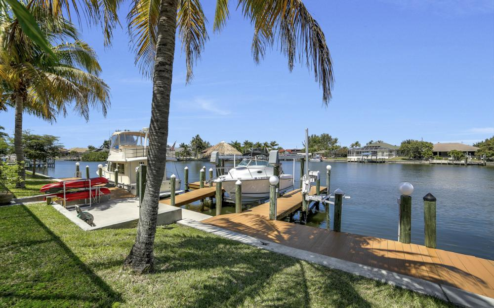 3405 SW 8th St, Cape Coral - Waterfront Gulf Access Home For Sale 2079077557
