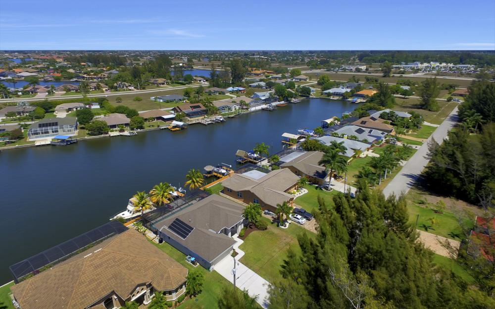 3405 SW 8th St, Cape Coral - Waterfront Gulf Access Home For Sale 1127199351