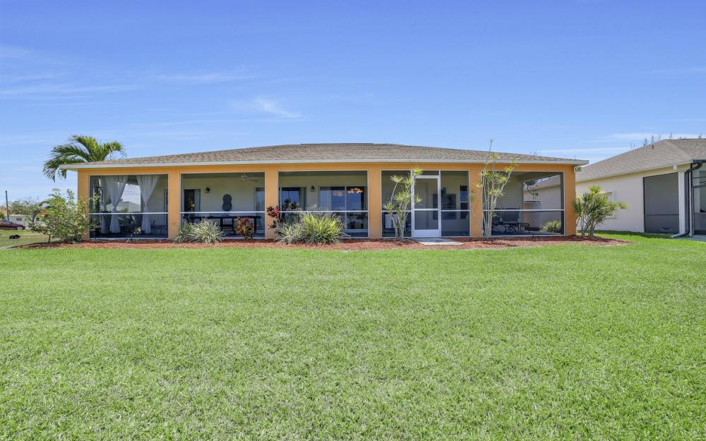 3309 SW 3rd Ln, Cape Coral - Home For Sale 1246525975