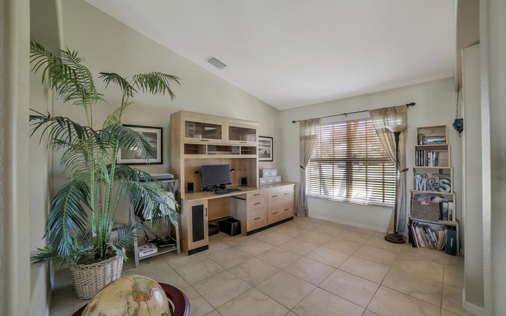 3309 SW 3rd Ln, Cape Coral - Home For Sale 824655129