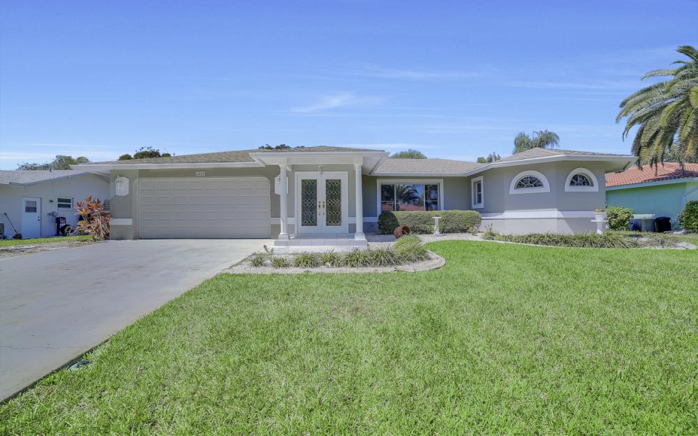 3414 SE 22nd Pl, Cape Coral - Home For Sale 2136318981
