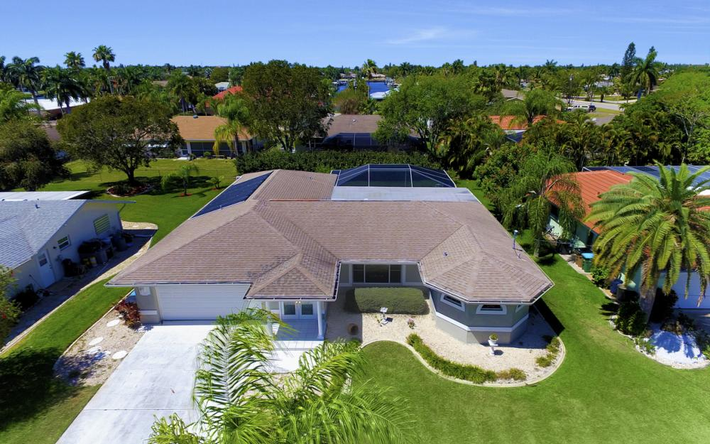 3414 SE 22nd Pl, Cape Coral - Home For Sale 1870707135