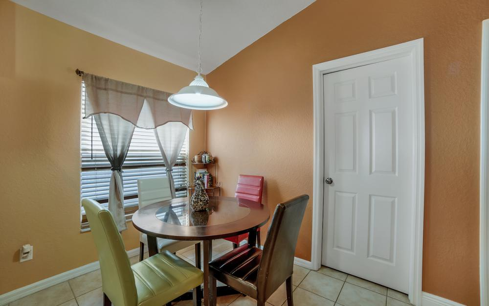 9705 Gladiolus Bulb Loop, Fort Myers - Home For Sale 1445905445