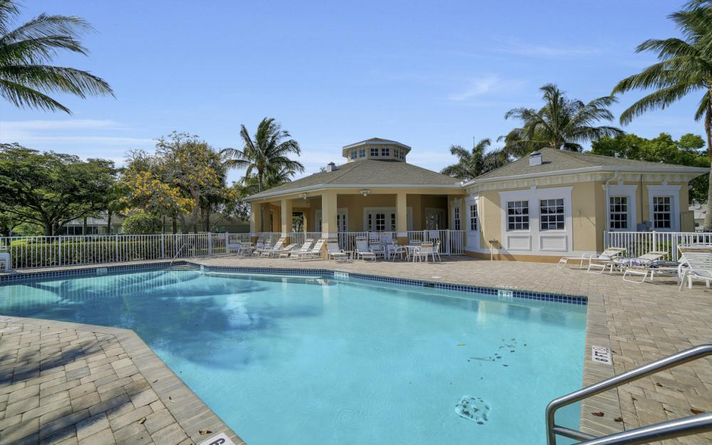 9705 Gladiolus Bulb Loop, Fort Myers - Home For Sale 822537889