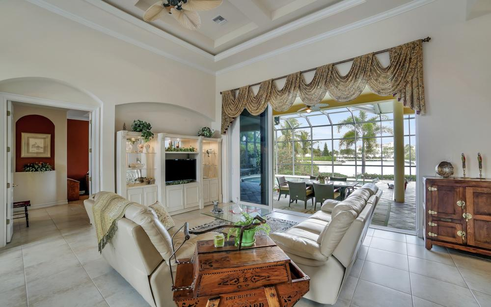 490 Rio Ct, Marco Island - Home For Sale 1710188161