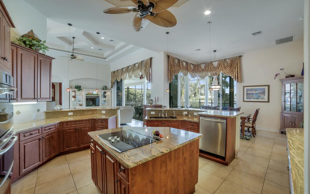 490 Rio Ct, Marco Island - Home For Sale 1454045993