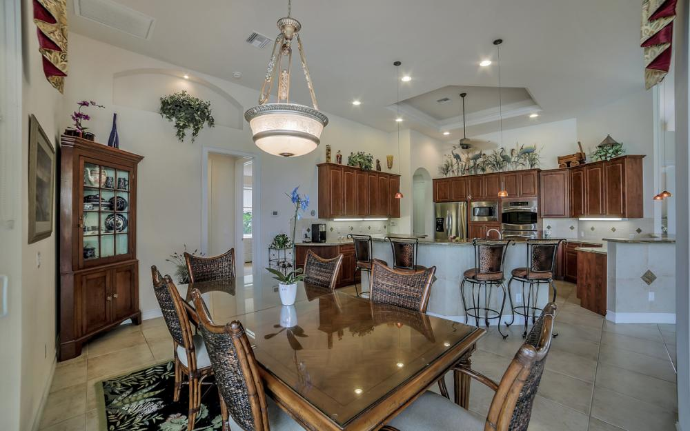 490 Rio Ct, Marco Island - Home For Sale 161919852
