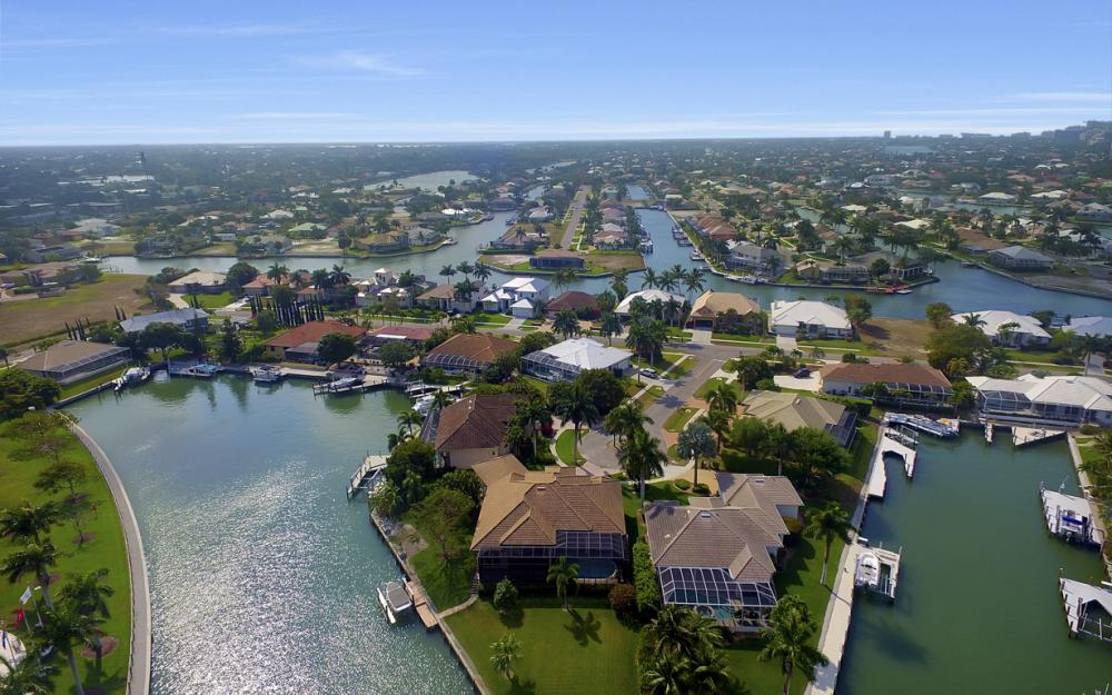 490 Rio Ct, Marco Island - Home For Sale 1985176582