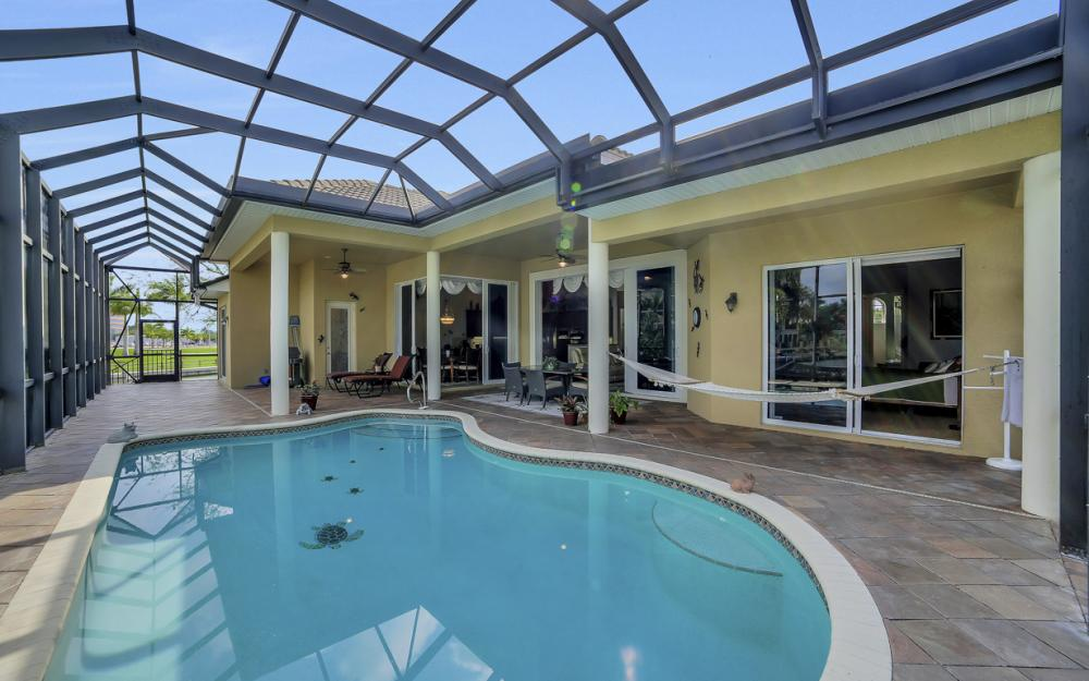 490 Rio Ct, Marco Island - Home For Sale 1532391279