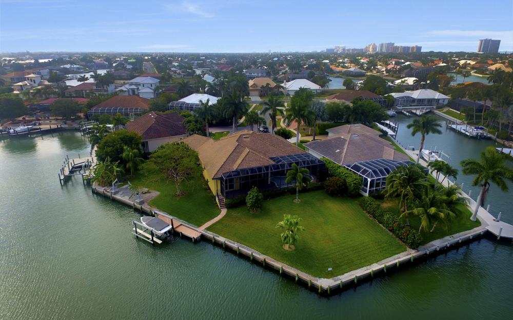 490 Rio Ct, Marco Island - Home For Sale 63204312