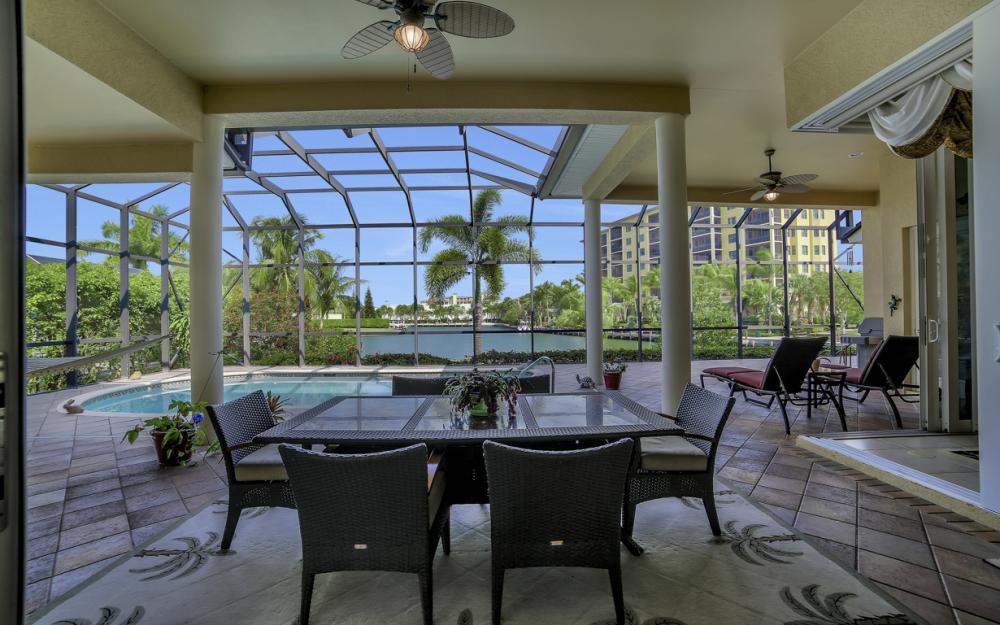 490 Rio Ct, Marco Island - Home For Sale 616874531