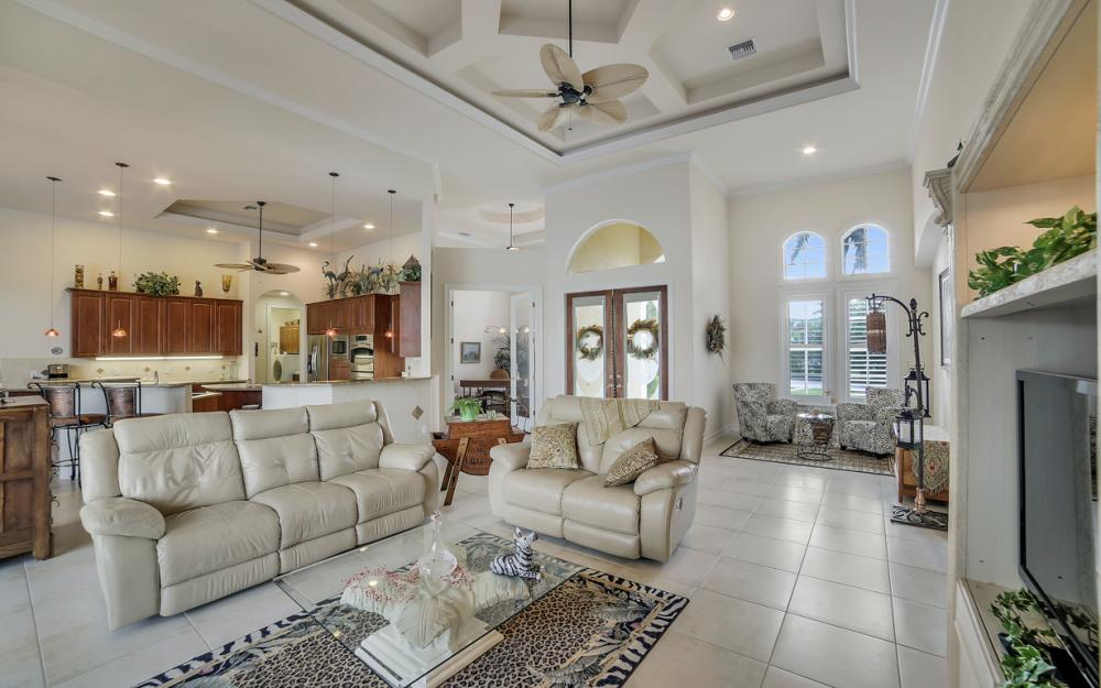 490 Rio Ct, Marco Island - Home For Sale 862969331
