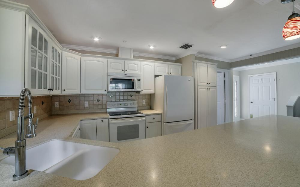 1475 Blue Point Ave, Naples - Home For Sale 328037346