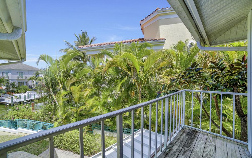 1475 Blue Point Ave, Naples - Home For Sale 411498953