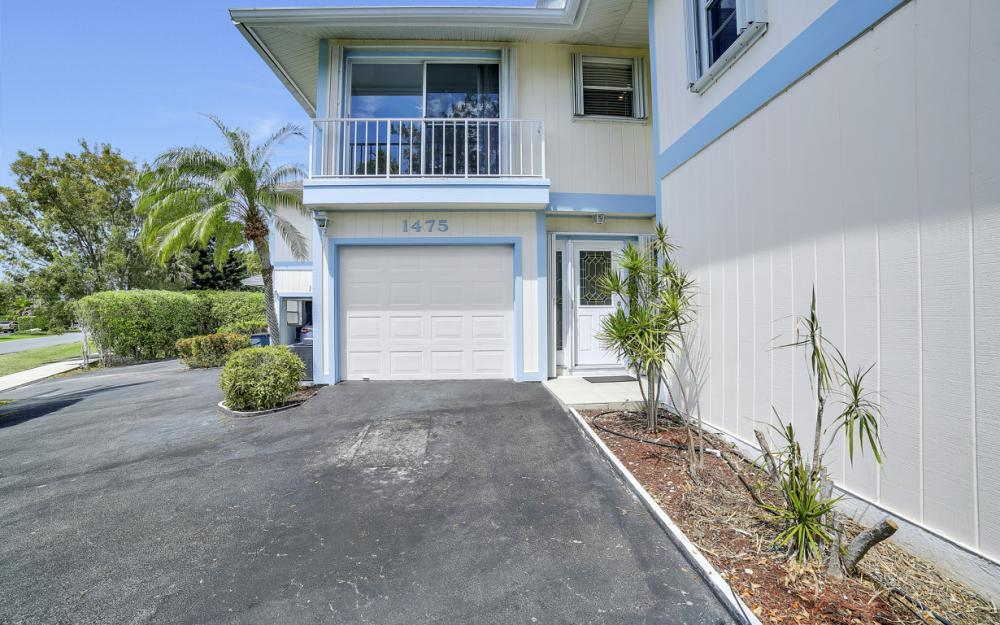 1475 Blue Point Ave, Naples - Home For Sale 1789791122