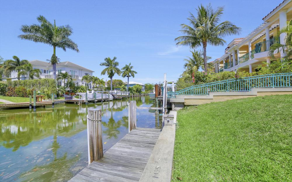 1475 Blue Point Ave, Naples - Home For Sale 2005842377