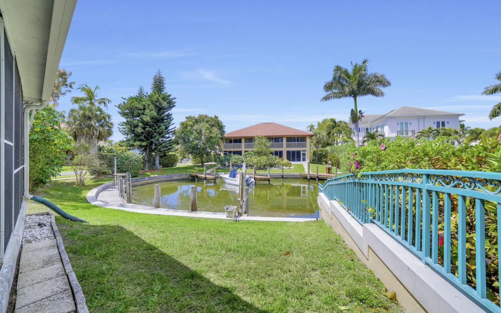 1475 Blue Point Ave, Naples - Home For Sale 727338954