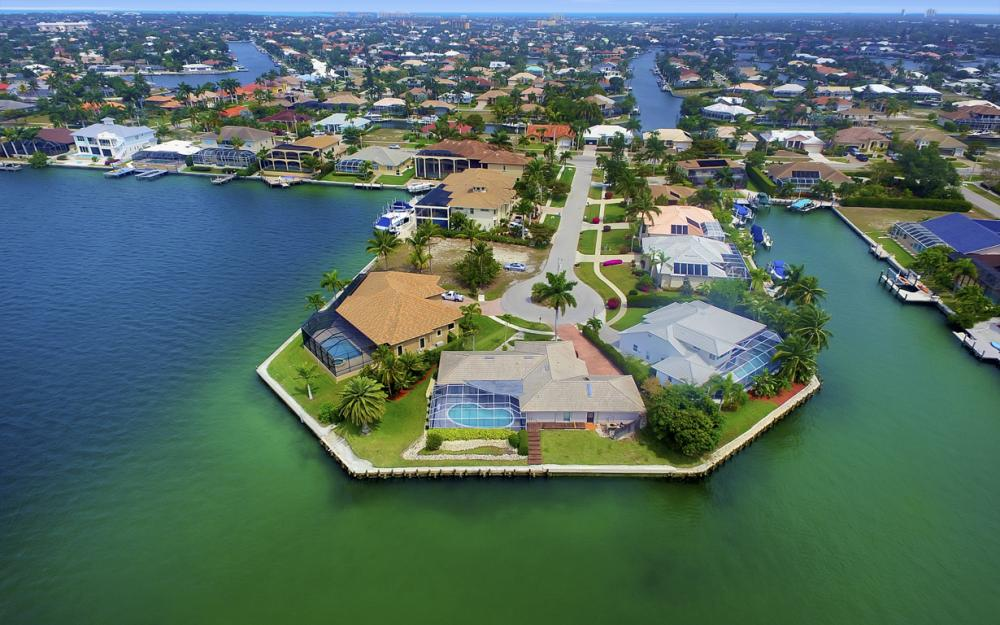 55 Primrose Ct, Marco Island - Home For Sale 41768403